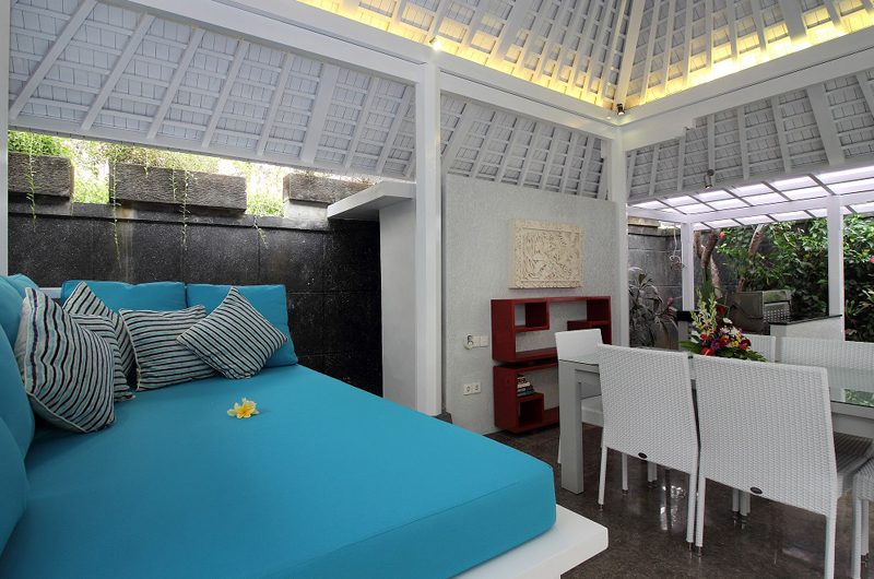 Villa Alun Lounge Area | Batubelig, Bali