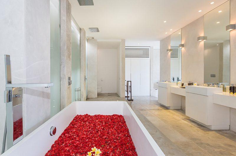 Villa Mikayla Romantic Bathtub Set Up | Canggu, Bali