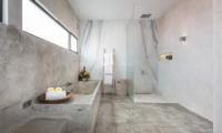 Villa Mikayla Bathroom with Bathtub | Canggu, Bali
