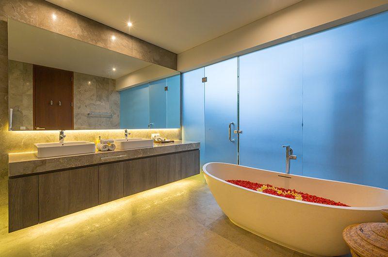 Villa Roemah Natamar Romantic Bathtub Set Up   Canggu, Bali