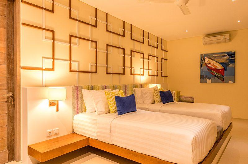 Villa Seriska Jimbaran Twin Bedroom with Lamp | JImbaran, Bali