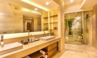 Villa Seriska Jimbaran Spacious Bathroom | Jimbaran, Bali