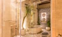 Villa Seriska Jimbaran Open Plan Bathtub | Jimbaran, Bali