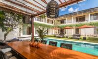 Villa Seriska Jimbaran Dining with Pool View | Jimbaran, Bali