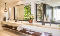 180 Samui His and Hers Bathroom | Chaweng Noi, Koh Samui