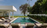 Villa Thansamaay Reclining Sun Loungers | Laem Sor, Koh Samui