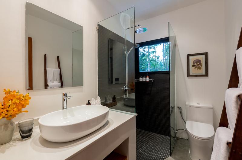 Villa Thansamaay En-suite Bathroom | Laem Sor, Koh Samui