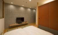 Kazahana Bedroom with TV | Hirafu, Niseko