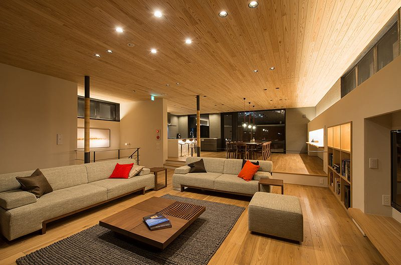 Kazahana Living and Dining Area | Hirafu, Niseko