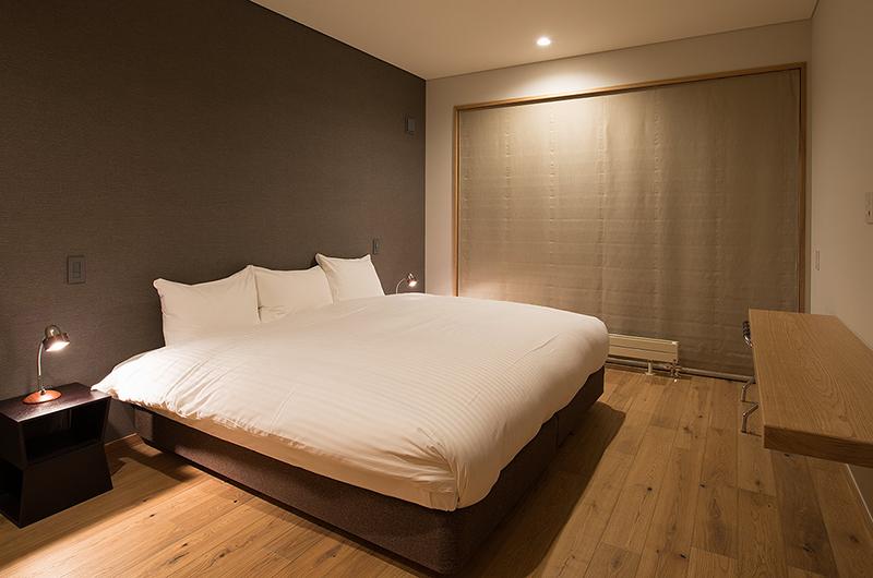 Kazahana Bedroom with Study Table | Hirafu, Niseko
