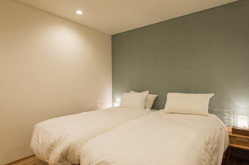 Yuzuki Twin Bedroom Area | Hirafu, Niseko