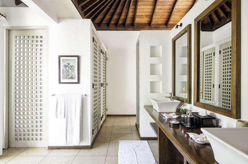 Elysium En-suite Bathroom | Galle, Sri Lanka