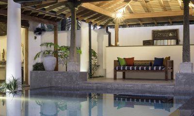 Royal Indigo Villa Pool Side Lounge | Talpe, Sri Lanka