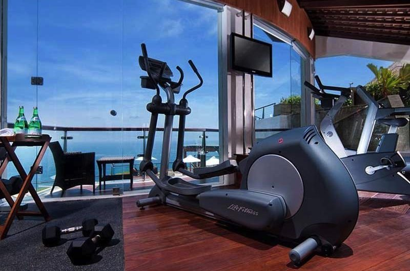 Bali Uluwatu The Edge Gym