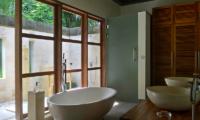 Villa Bamboo Bathtub | Ubud, Bali