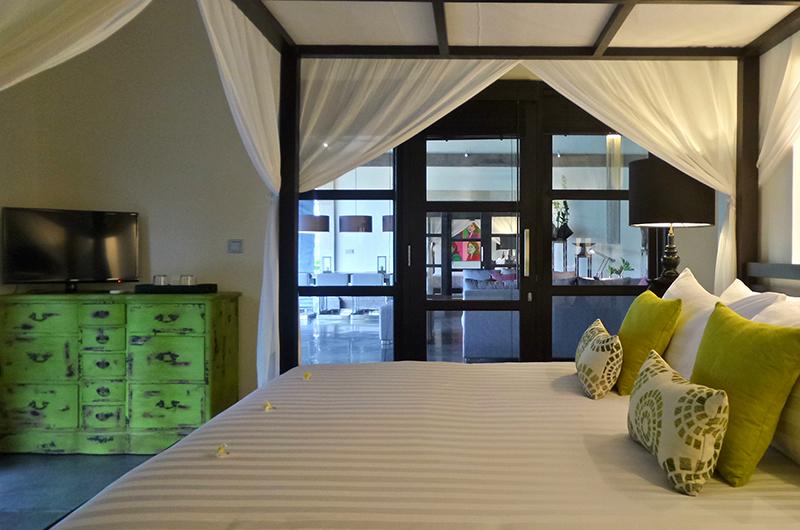 Villa Condense Bedroom with TV | Ubud, Bali