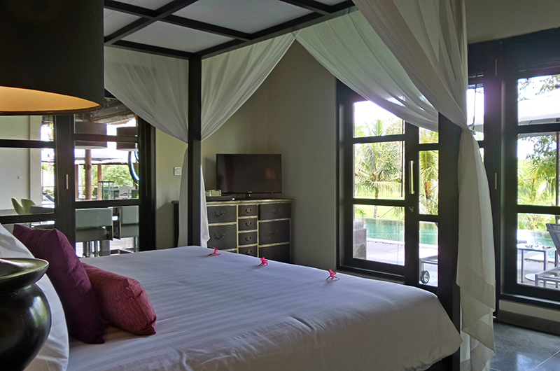 Villa Condense Bedroom with Pool View | Ubud, Bali