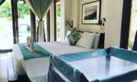 Villa Samudera Bedroom with Baby Cot | Nusa Lembongan, Bali