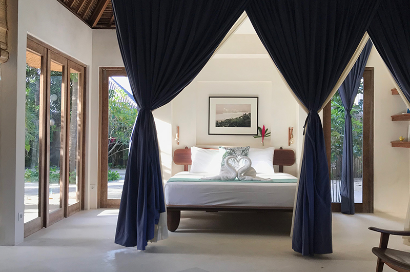 Villa Samudera Spacious Bedroom | Nusa Lembongan, Bali