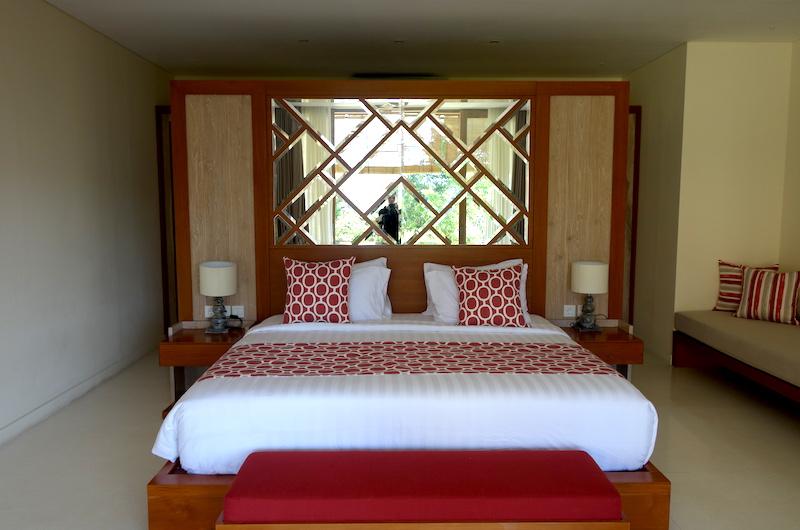 Villa Seriska Jimbaran Bedroom with Lamps | Jimbaran, Bali