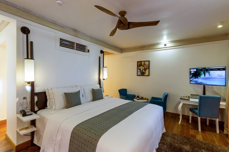 Amaya Kuda Rah Family Duplex Beach Villa Bedroom with Lamps | South Ari Atoll, Maldives