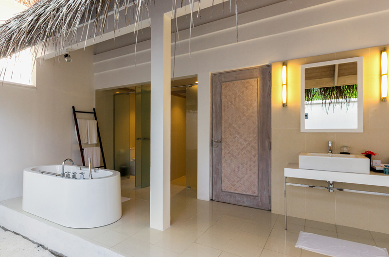 Amaya Kuda Rah Family Duplex Beach Villa Open Plan Bathroom | South Ari Atoll, Maldives