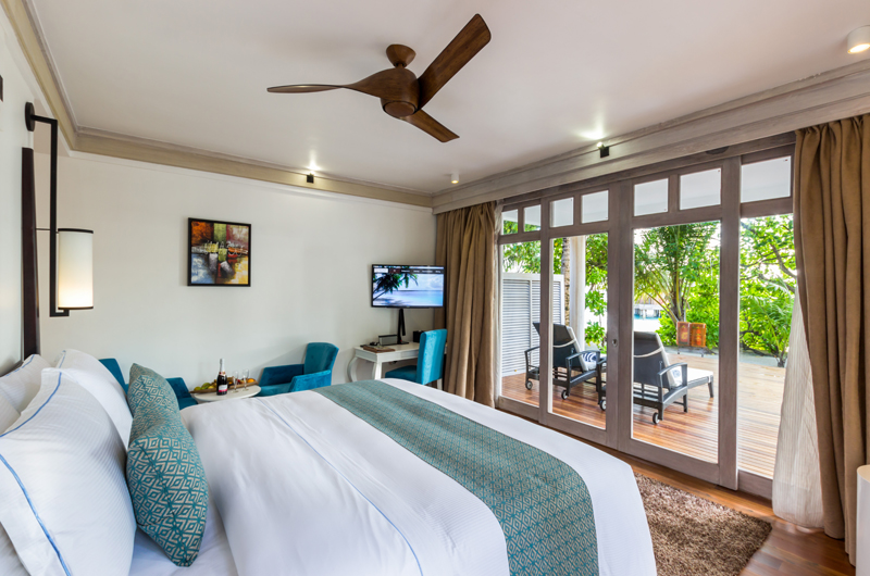 Amaya Kuda Rah Family Duplex Beach Villa Bedroom | South Ari Atoll, Maldives