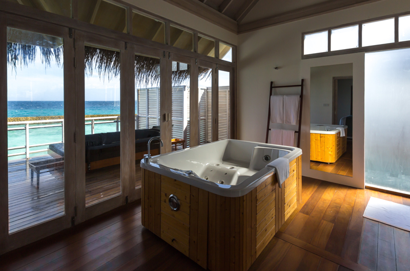 Amaya Kuda Rah Presidential Suite Bathroom | South Ari Atoll, Maldives