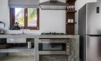 Skinny Beach House Kitchen | Talpe, Sri Lanka