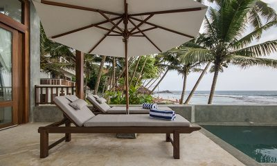 Skinny Beach House Sun Deck | Talpe, Sri Lanka