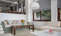 Skinny Beach House Living Area | Talpe, Sri Lanka