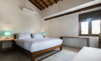 Skinny Beach House Bedroom | Talpe, Sri Lanka