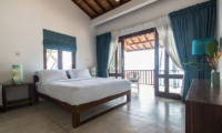 Skinny Beach House Bedroom with Balcony | Talpe, Sri Lanka