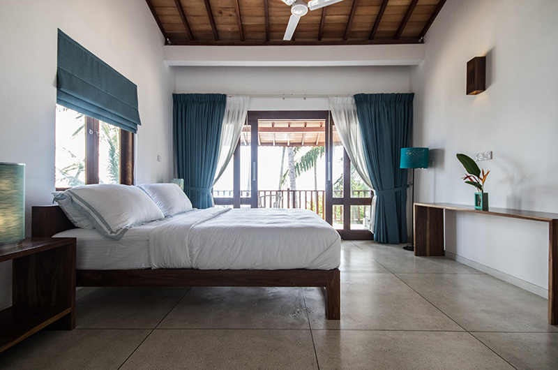 Skinny Beach House Bedroom Area | Talpe, Sri Lanka