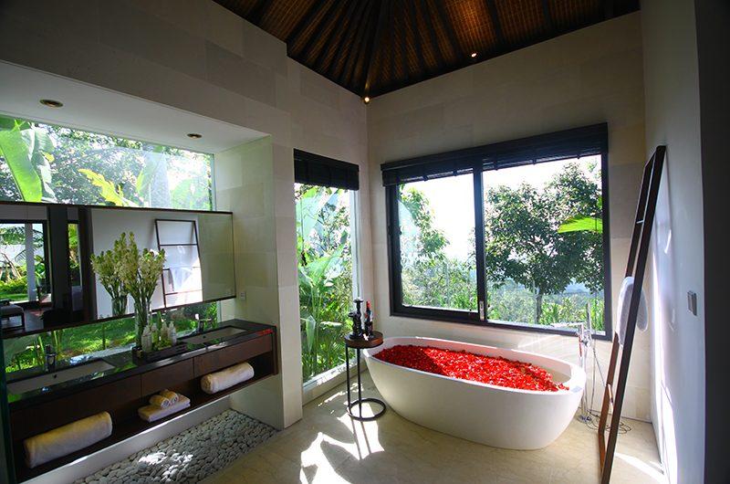 Alta Vista Bathtub   North Bali, Bali
