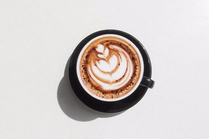 Bali Seminya Kim Soo Cafe Latte