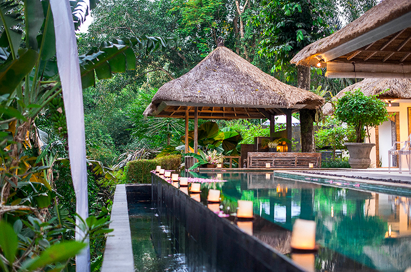 Villa Sungai Bali Pool Bar   Tabanan, Bali
