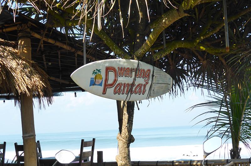 Batubelig Warung Pantai