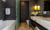 Villa Suma Bathroom with Bathtub | Koh Samui, Thailand