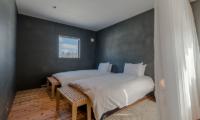 Foxwood Twin Bedroom   Hirafu, Niseko
