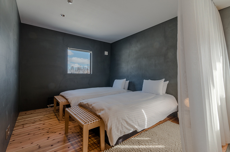 Foxwood Twin Bedroom | Hirafu, Niseko