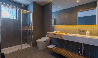 Foxwood Bathroom with Shower | Hirafu, Niseko