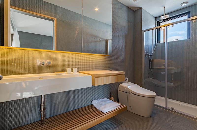 Foxwood Bathroom Area   Hirafu, Niseko