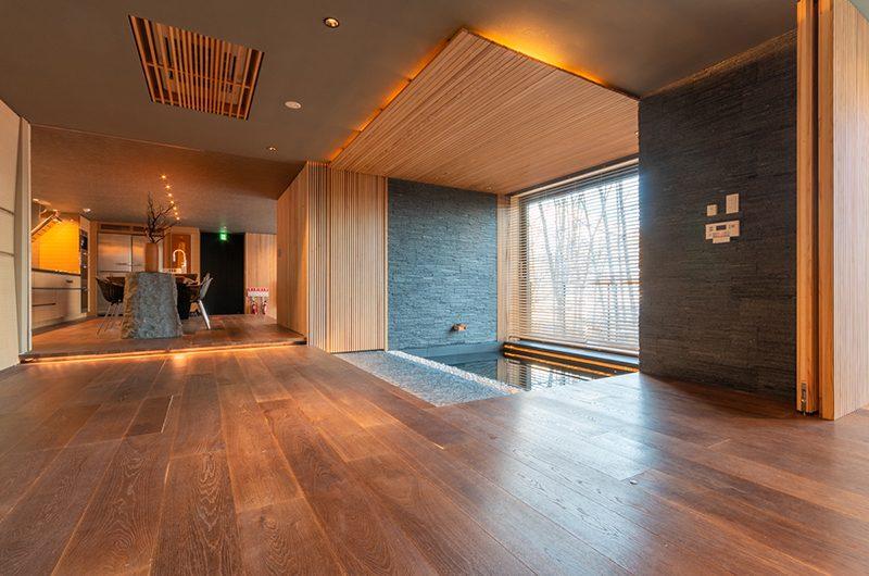 Hideaway on Escarpment Living Area with Bathtub | Hirafu, Niseko