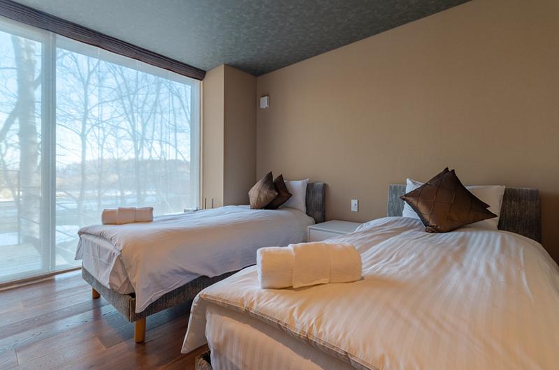 Hideaway on Escarpment Twin Bedroom Area | Hirafu, Niseko