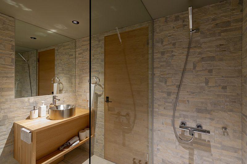 Hideaway on Escarpment Bathroom with Shower | Hirafu, Niseko