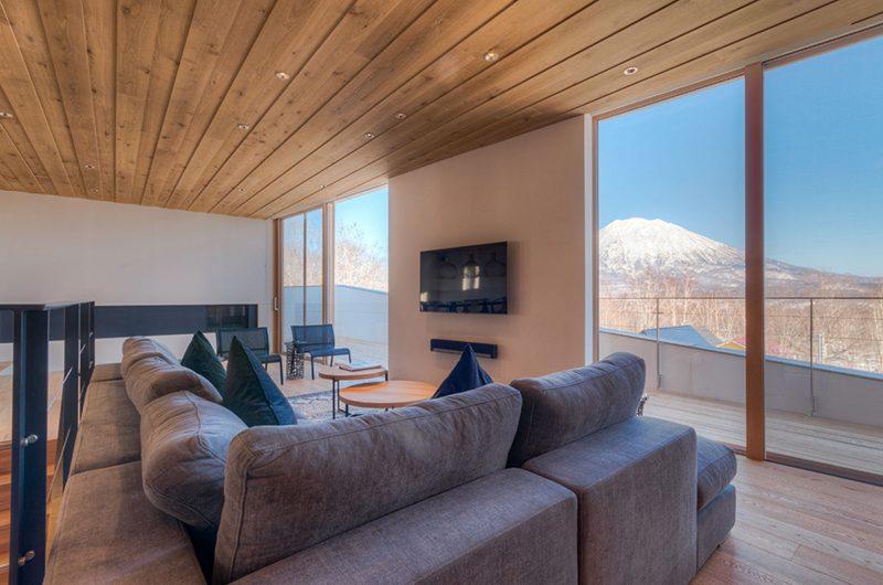 Silver Dream Living Room | Hirafu, Niseko