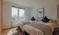 Silver Dream Twin Bedroom Area | Hirafu, Niseko