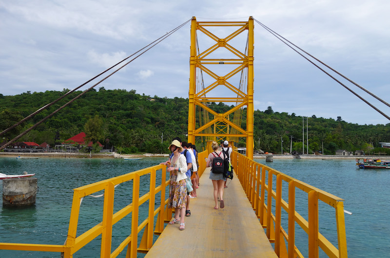 Nusa Lembongan Yellow Bridge