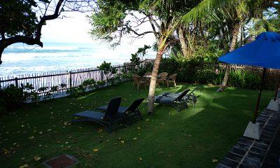 Royal Indigo Villa Sun Beds | Talpe, Sri Lanka